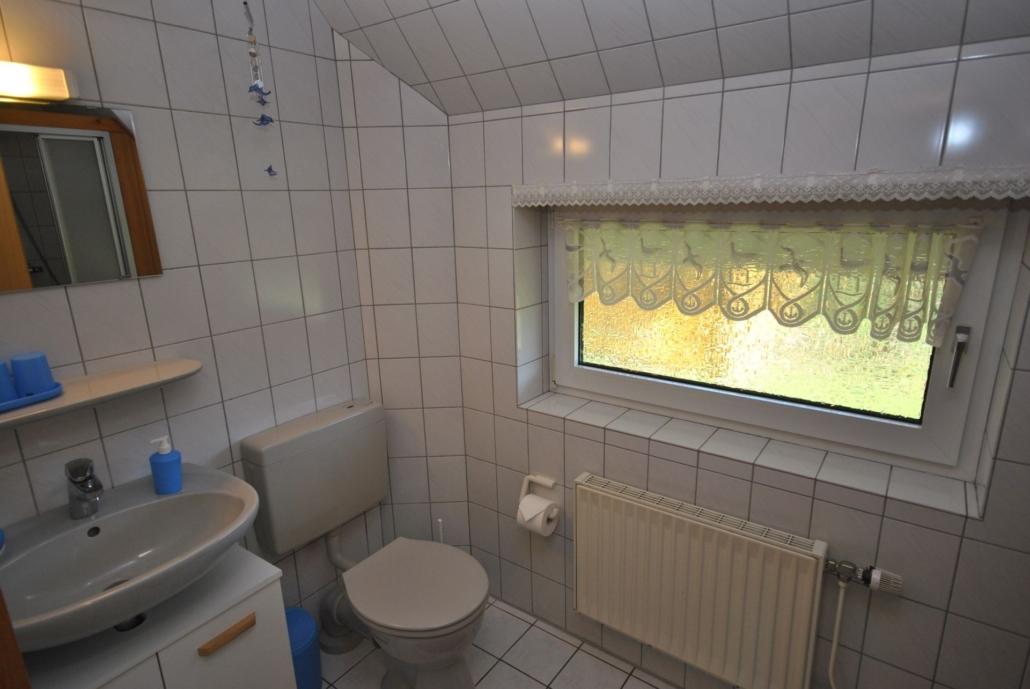 Ferienhaus_Sonnentau_Badezimmer