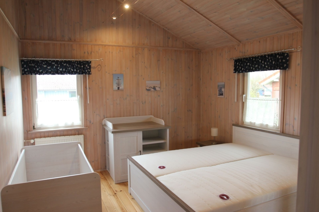 Ferienhaus_Nordseebrise_Schlafzimmerb