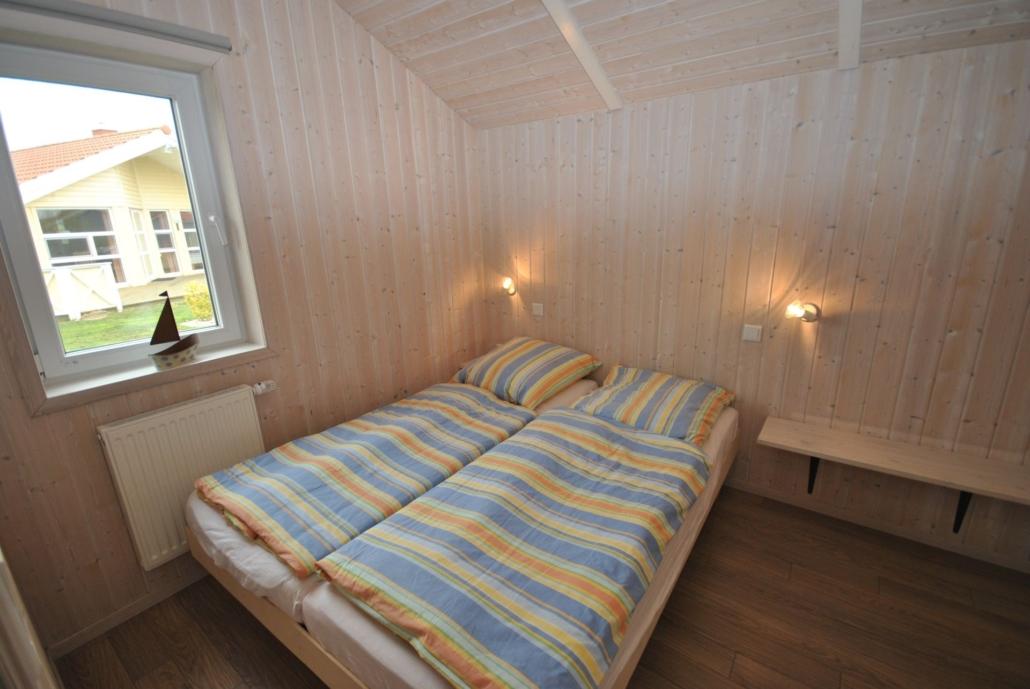 Ferienhaus_Boldixum_Schlafzimmer2