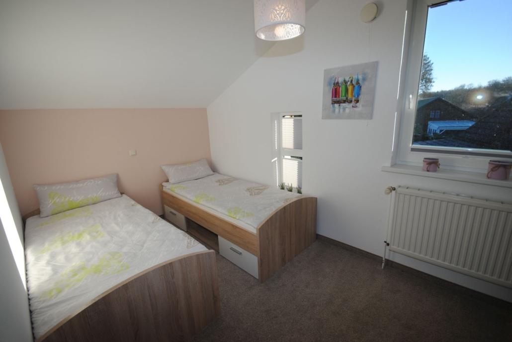 Ferienwohung_Waldblick_Schlafzimmer2