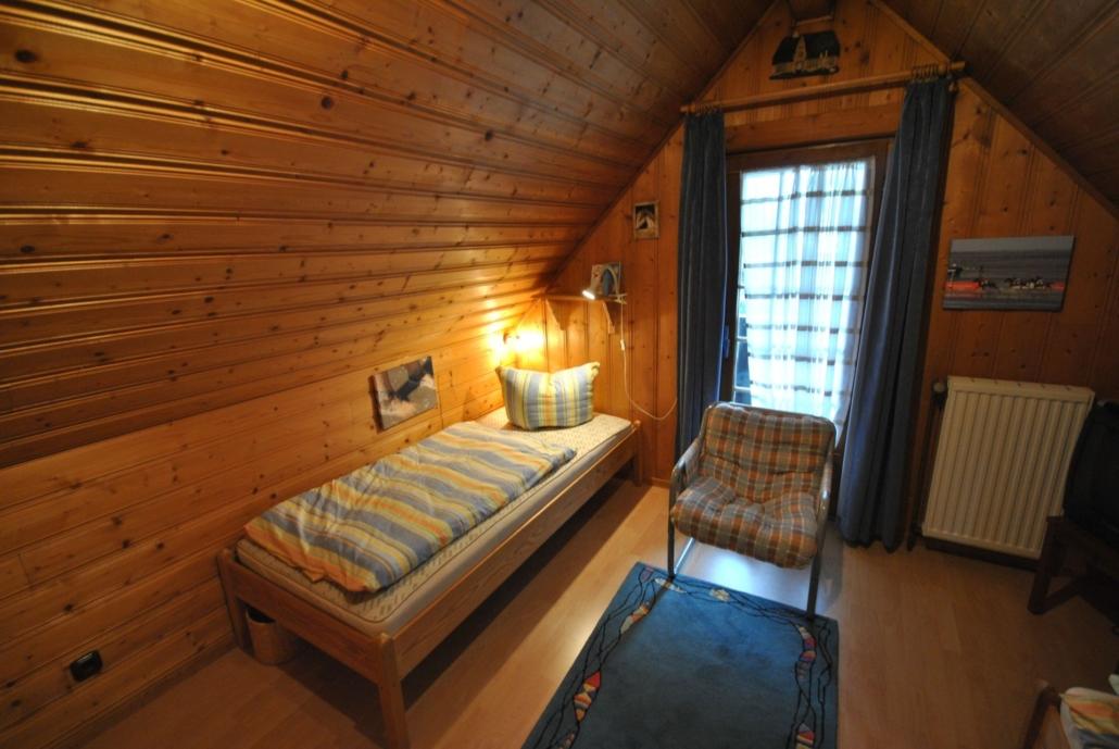 Ferienhaus_Buddelschiff_Schlafzimmer2
