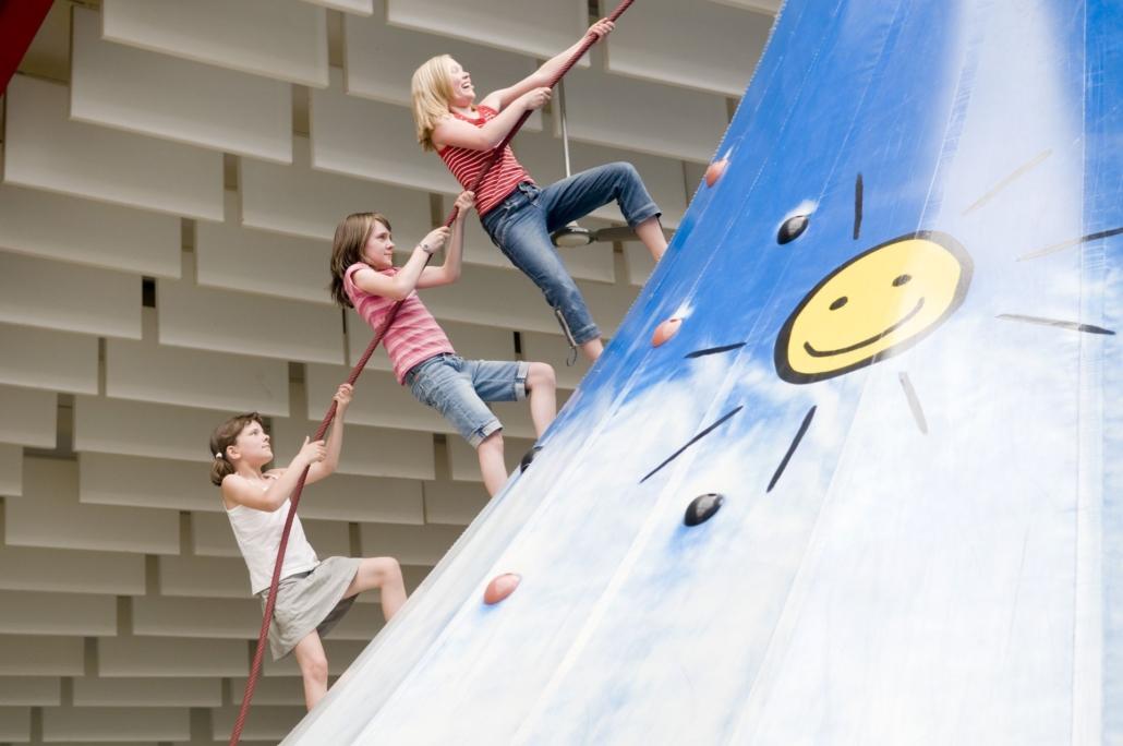 Otterndorf_Spiel_und_Spasssscheune2
