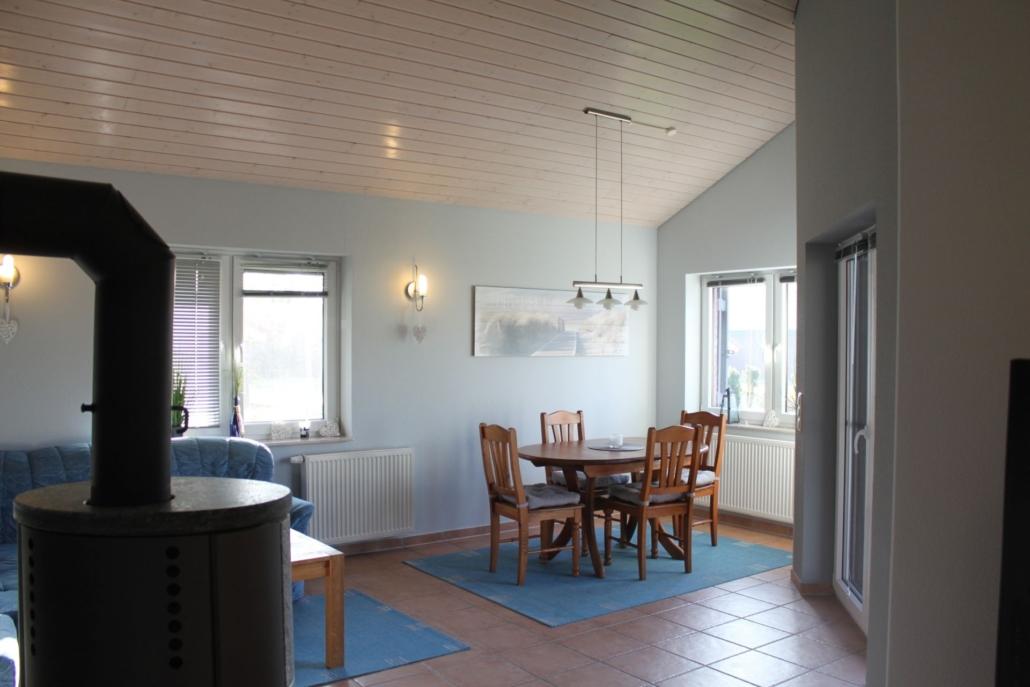 Ferienhaus_Seebaer_Essbereich